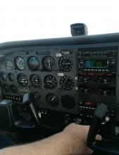 Instrument Panel of Cessna 172 N748SP
